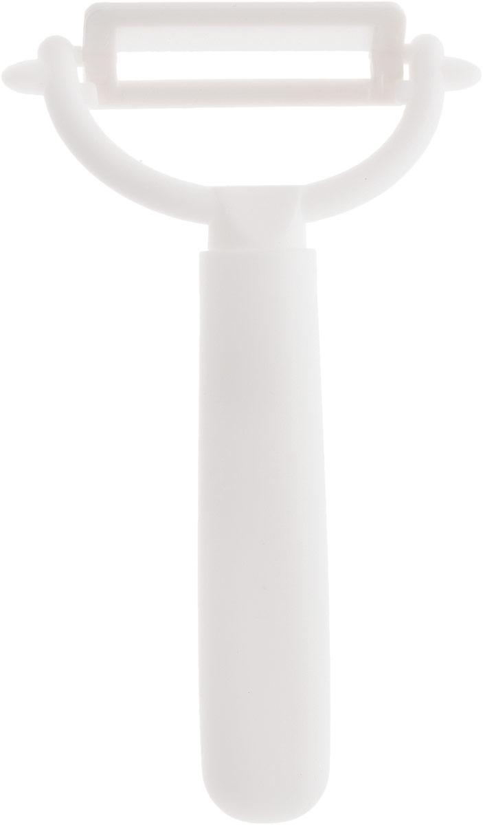 Нож для чистки овощей и фруктов Axentia, керамический, длина 13 см200597_белыйНож Axentia изготовлен из высококачественной керамики. Очень удобная и эргономичная ручка выполнена из пластика. Рукоятка не скользит в руках и делает чистку продуктов удобной и безопасной. Изделие имеет Y-форму. Нож идеально подходит для чистки картофеля, а также других небольших овощей и фруктов. Один из самых нужных на кухне ножей. Керамика - это отличная альтернатива металлу. В отличие от стальных ножей, керамические ножи не переносят ионы металла в пищу, не разрушаются от кислот овощей и фруктов и никогда не заржавеют. Этот нож будет служить вам многие годы при соблюдении простых правил.Нож Axentia станет незаменимым помощником на кухне и поможет создавать кулинарные шедевры день за днем. Стильный дизайн ножа эффектно дополнит интерьер кухни.Длина лезвия: 5 см.Общая длина ножа: 13 см.