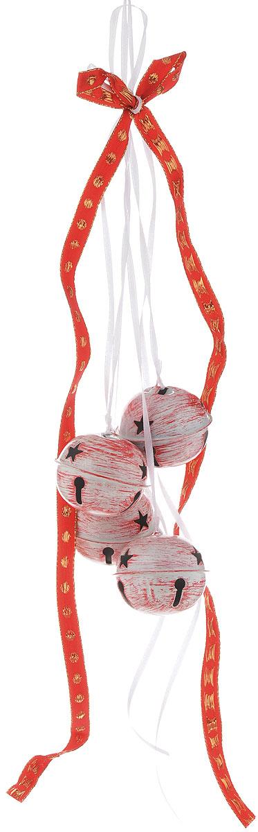 Украшение новогоднее подвесное House & Holder Бубенчики, цвет: белый, красный, золотистый, диаметр 5 смNLED-454-9W-BKНовогоднее подвесное украшение House & Holder Бубенчики выполнено из металла. Изделие оформлено перфорацией. С помощью специальной петельки украшение можно повесить в любом понравившемся вам месте. Но, конечно, удачнее всего оно будет смотреться на праздничной елке.Елочная игрушка - символ Нового года. Она несет в себе волшебство и красоту праздника. Создайте в своем доме атмосферу веселья и радости, украшая новогоднюю елку нарядными игрушками, которые будут из года в год накапливать теплоту воспоминаний.Диаметр: 5 см.Количество бубенчиков: 4 шт.