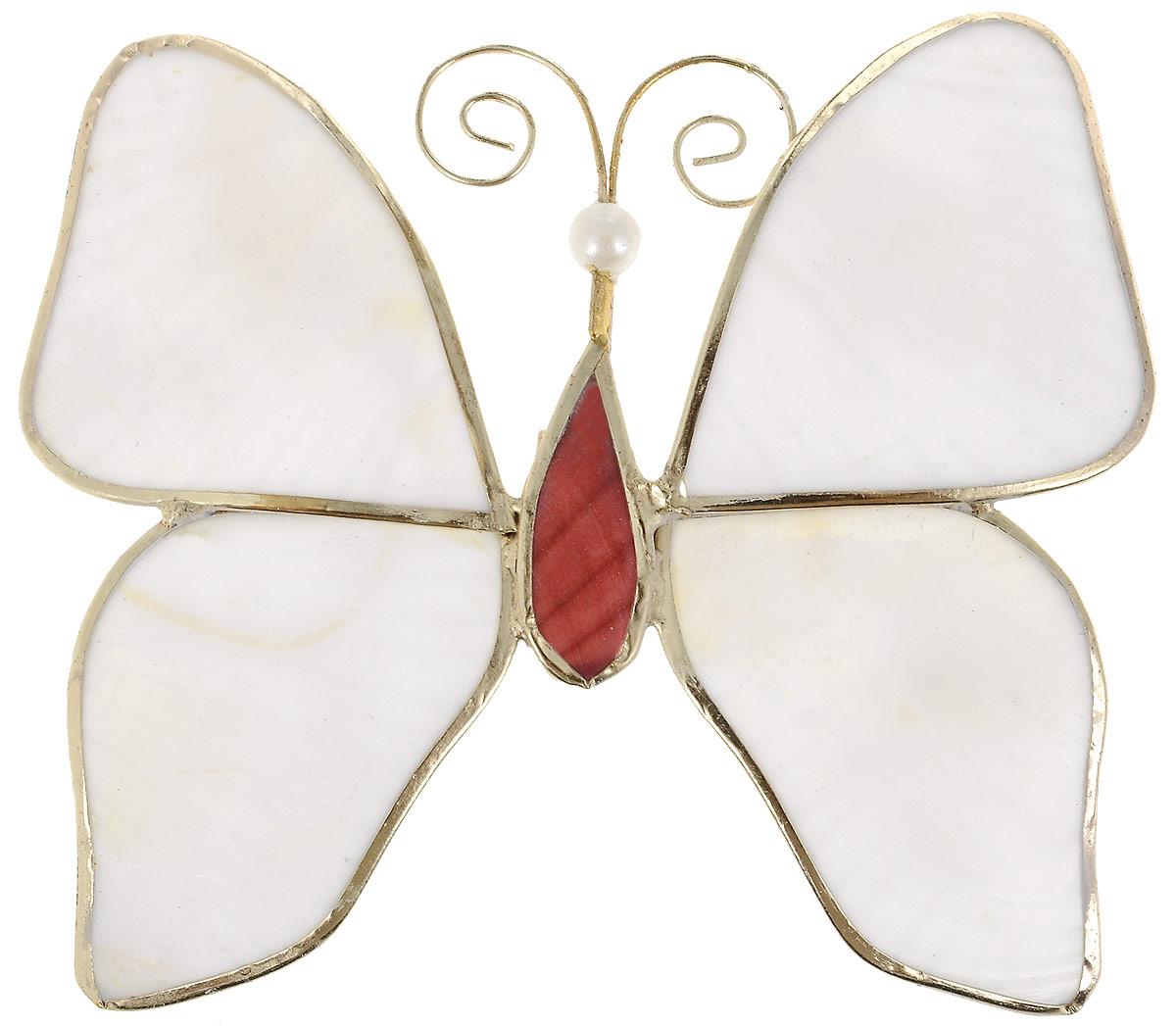 Украшение новогоднее подвесное Winter Wings Бабочка, 9 х 7,5 смN07347Украшение Winter Wings Бабочка прекрасно подойдет для праздничного декора новогодней ели. Изделие выполнено из перламутра и металла. Для удобного размещения на елке предусмотрена текстильная петелька.Елочная игрушка - символ Нового года. Она несет в себе волшебство и красоту праздника. Создайте в своем доме атмосферу веселья и радости, украшая новогоднюю елку нарядными игрушками, которые будут из года в год накапливать теплоту воспоминаний.