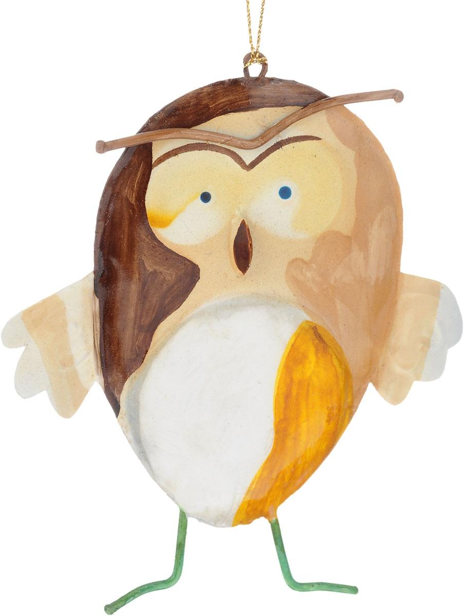 Украшение новогоднее подвесное Winter Wings Сова, 10,5 х 1 х 12 смML15240RНовогоднее подвесное украшение Winter Wings Сова выполнено из металла. С помощью специальной петельки украшение можно повесить в любом понравившемся вам месте. Но, конечно, удачнее всего оно будет смотреться на праздничной елке.Елочная игрушка - символ Нового года. Она несет в себе волшебство и красоту праздника. Создайте в своем доме атмосферу веселья и радости, украшая новогоднюю елку нарядными игрушками, которые будут из года в год накапливать теплоту воспоминаний.Размер: 10,5 х 1 х 12 см.