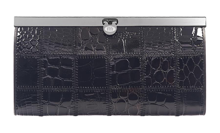 Кошелек женский Malgrado, цвет: черный. 73003A-239AINT-06501Элегантный кошелек Malgrado изготовлен из высококачественной натуральной кожи с декоративным фактурным тиснением, оформлен металлической фурнитурой.Изделие содержит одно отделение, закрывающееся на замок-защелку. Внутри расположены: четыре отделения для купюр, карман для мелочи на застежке-молнии, два кармана для мелких документов, четыре кармашка для визиток и кредитных карт, два кармашка с прозрачными вставками. Изделие упаковано в фирменную металлическую коробку.Стильный кошелек не оставит равнодушной ни одну представительницу прекрасной половины человечества.