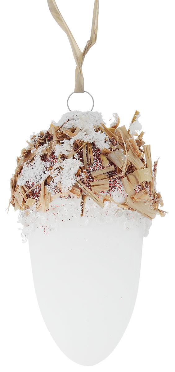 Украшение новогоднее подвесное Winter Wings Шишка под снегом, 9,5 х 9,5 х 13 смN07970Новогоднее подвесное украшение Winter Wings Шишка под снегом прекрасно подойдет для праздничного декора новогодней ели. Изделие выполнено из высококачественного стекла с блестками, бусинами и другими декоративными элементами. Для удобного размещения предусмотрена петелька.Елочная игрушка - символ Нового года. Она несет в себе волшебство и красоту праздника. Создайте в своем доме атмосферу веселья и радости, украшая новогоднюю елку нарядными игрушками, которые будут из года в год накапливать теплоту воспоминаний. Откройте для себя удивительный мир сказок и грез. Почувствуйте волшебные минуты ожидания праздника, создайте новогоднее настроение вашим дорогим и близким.