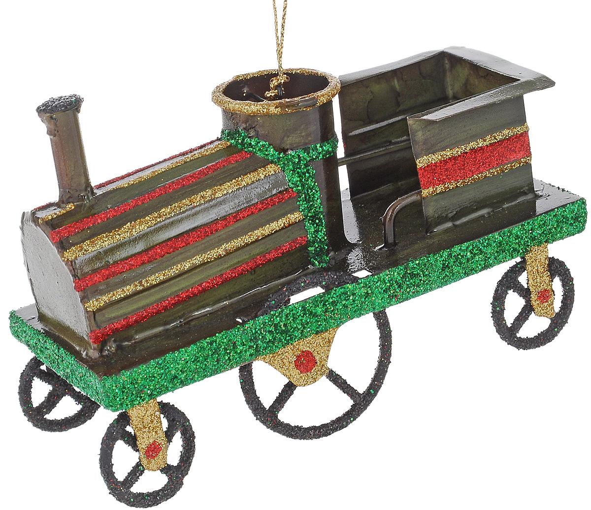 Украшение новогоднее подвесное Winter Wings Паровоз, высота 7,5 смBD 60-303Новогоднее подвесное украшение Winter Wings Паровоз выполнено из металла и украшено блестками. С помощью специальной петельки украшение можно повесить в любом понравившемся вам месте. Но, конечно, удачнее всего оно будет смотреться на праздничной елке.Елочная игрушка - символ Нового года. Она несет в себе волшебство и красоту праздника. Создайте в своем доме атмосферу веселья и радости, украшая новогоднюю елку нарядными игрушками, которые будут из года в год накапливать теплоту воспоминаний. Откройте для себя удивительный мир сказок и грез. Почувствуйте волшебные минуты ожидания праздника, создайте новогоднее настроение вашим дорогим и близким. Размер украшения: 5 х 11,5 х 7,5 см.
