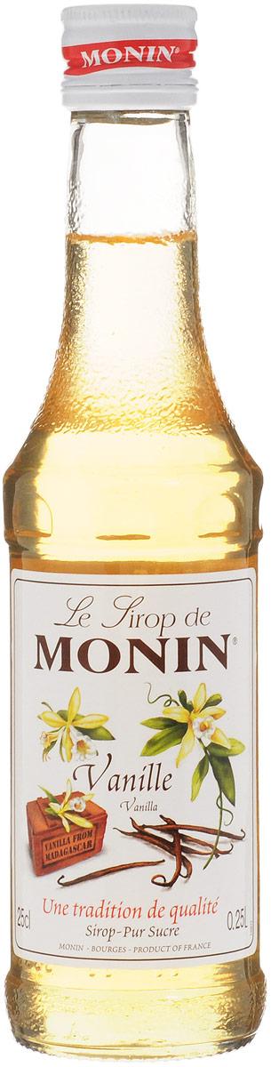 Monin Ваниль сироп, 0.25 лSMONN0-0000104Чтобы создать лучший ванильный сироп в мире, вы должны начать с лучшего ванильного экстракта в мире. На протяжении более 90 лет, Monin использовал премиальный экстракт ванили из Мадагаскара. Этот чистый экстракт дает сиропу Monin Ваниль превосходный вкус, что делает разницу в рецептах. Принесет округлость к кофе, десертным напиткам, молочным коктейлям, алкогольным или безалкогольным коктейлям.Сиропы Monin выпускает одноименная французская марка, которая известна как лидирующий производитель алкогольных и безалкогольных сиропов в мире. В 1912 году во французском городке Бурже девятнадцатилетний предприниматель Джордж Монин основал собственную компанию, которая специализировалась на производстве вин, ликеров и сиропов. Место для завода было выбрано не случайно: город Бурже находился в непосредственной близости от крупных сельскохозяйственных районов - главных поставщиков свежих ягод и фруктов. Производство сиропов стало ключевым направлением деятельности компании Monin только в 1945 году, когда пост главы предприятия занял потомок основателя - Пол Монин. Именно под его руководством ассортимент марки пополнился разнообразными сиропами из натуральных ингредиентов, которые молниеносно заслужили блестящую репутацию в кругу поклонников кофейных напитков и коктейлей. По сей день высокое качество остается базовым принципом деятельности французской марки. Сиропы Монин создаются исключительно из натуральных ингредиентов по уникальным технологиям, позволяющим сохранять в готовом продукте все полезные свойства природного сырья.Эксперты всего мира сходятся во мнении, что сиропы Monin - это законодатели мод в миксологии. Ассортимент французской марки на сегодняшний день является самым широким и насчитывает полторы сотни уникальных вкусовых решений. В каталоге компании можно найти как классические вкусы для кофейных напитков (шоколадный, ванильный, ореховый и другие сиропы), так и весьма экзотические варианты (сиропы со вкусом кокоса, зеленой