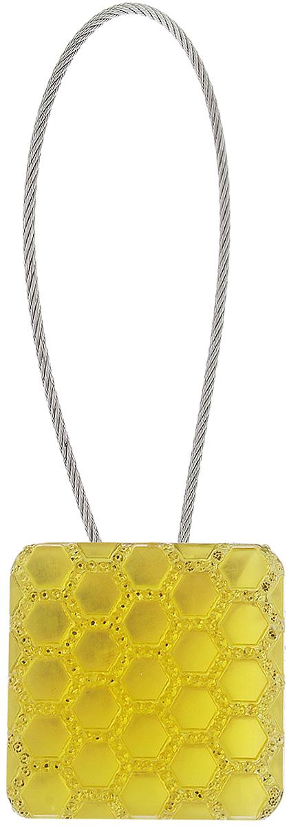 Подхват для штор TexRepublic Ajur. Tross, на магнитах, цвет: желтый, серебристый. 78991MW-3101Изящный подхват для штор TexRepublic Ajur. Tross, выполненный из пластика и металла, можно использовать как держатель для штор или для формирования декоративных складок на ткани. С его помощью можно зафиксировать шторы или скрепить их, придать им требуемое положение, сделать симметричные складки. Благодаря магнитам подхват легко надевается и снимается.Подхват для штор является универсальным изделием, которое превосходно подойдет для любых видов штор. Подхваты придадут шторам восхитительный, стильный внешний вид и добавят уют в интерьер помещения.Длина подхвата: 20 см.Диаметр: 3,5 см.