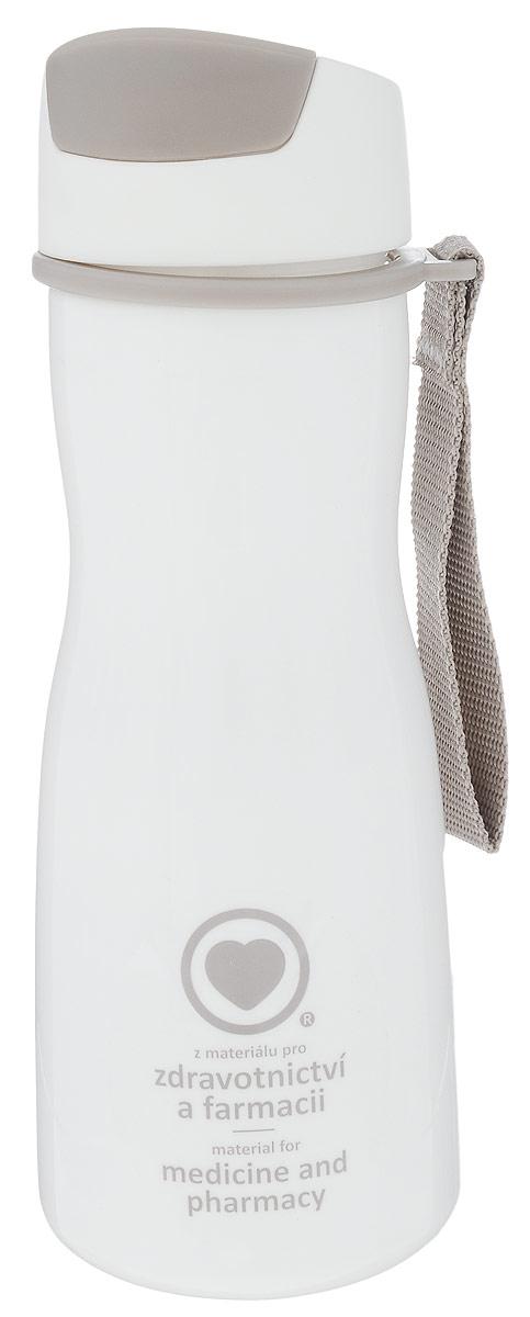 Бутылка для воды Tescoma Purity, цвет: белый, серый, 500 млeflgs-06Стильная бутылка для воды Tescoma Purity, изготовленная из высококачественного пластика, оснащена съемным текстильным ремешком и крышкой с силиконовым уплотнителем, которая плотно и герметично закрывается, сохраняя свежесть и изначальную температуру напитка. Изделие прекрасно подойдет для использования в жаркую погоду: вода долго сохраняет первоначальные свойства и вкусовые качества. При необходимости в бутылку можно наливать витаминизированные напитки, фруктовые соки, чай или протеиновые коктейли.Такую бутылку можно без опаски положить в рюкзак, закрепить на поясе или велосипедной раме. Она пригодится как на тренировках, так и в походах или просто на прогулке.Бутылку разрешено кипятить и мыть в посудомоечной машине.Изделие можно использовать в холодильнике и микроволновой печи. Ремешок и крышку не рекомендуется мыть в посудомоечной машине.Диаметр горлышка бутылки: 5 см.Высота бутылки (без учета крышки): 18,7 см.Длина ремешка: 11 см.