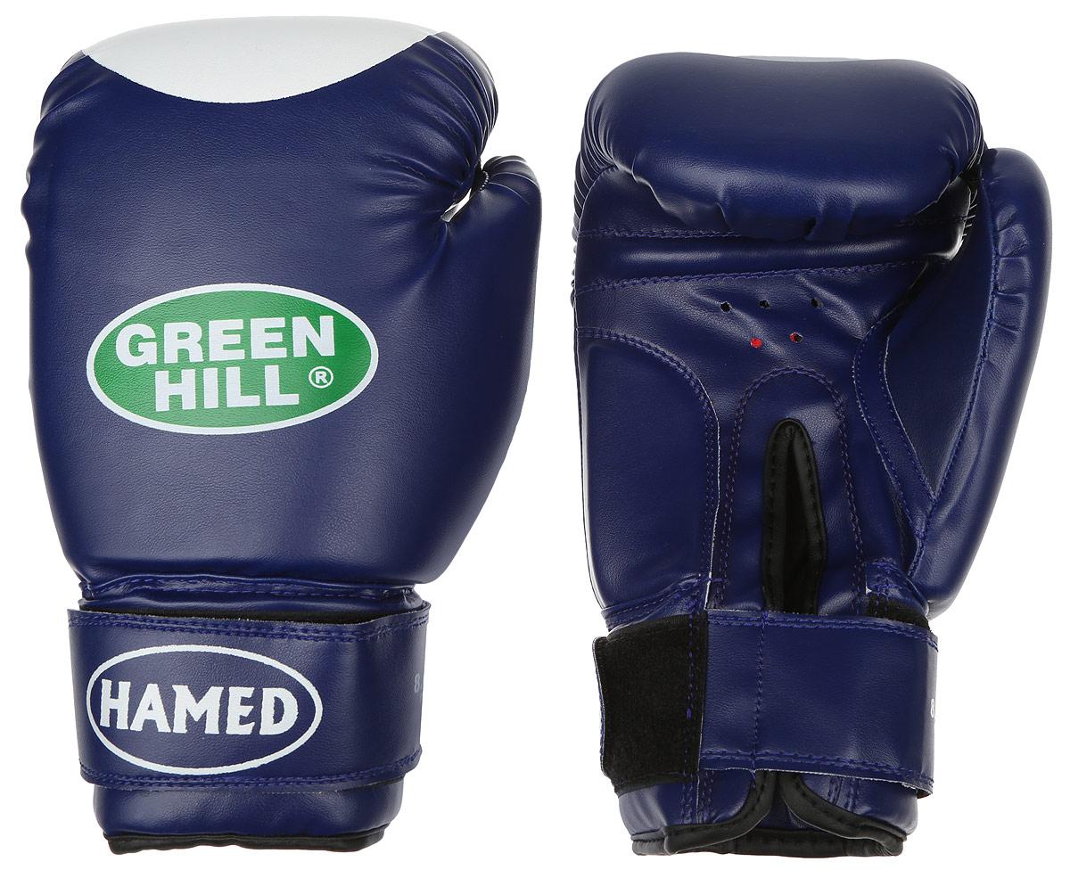 Перчатки боксерские Green Hill Hamed, цвет: синий, белый. Вес 8 унцийAIRWHEEL M3-162.8Боксерские перчатки Green Hill Hamed прекрасно подойдут для прогрессирующих спортсменов. Верх выполнен из искусственной кожи, наполнитель - из пенополиуретана. Перфорированная поверхность в области ладони позволяет создать максимально комфортный терморежим во время занятий. Широкий ремень, охватывая запястье, полностью оборачивается вокруг манжеты, благодаря чему создается дополнительная защита лучезапястного сустава от травмирования. Перчатки прекрасно сидят на руке. Застежка на липучке способствует быстрому и удобному надеванию перчаток, плотно фиксирует перчатки на руке.