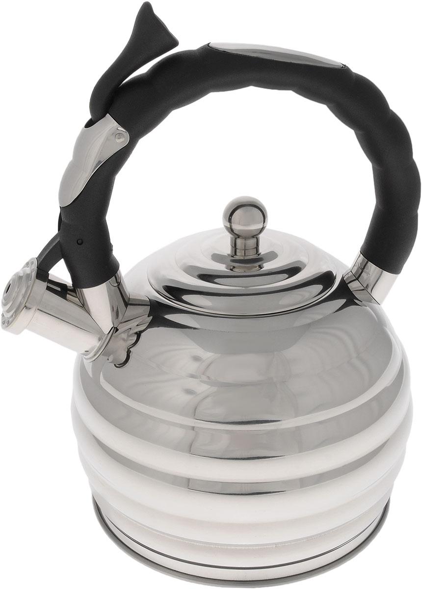 Чайник Hoffmann, со свистком, 3,3 л115510Оригинальный чайник Hoffmann выполнен из высококачественной нержавеющей стали, что делает его весьма гигиеничным и устойчивым к износу при длительном использовании. Носик чайника оснащен насадкой-свистком, что позволит вам контролировать процесс подогрева или кипячения воды. Фиксированная ручка, изготовленная из пластика, оснащена механизмом открывания носика. Эстетичный и функциональный чайник будет оригинально смотреться в любом интерьере.Подходит для всех типов плит, включая индукционные. Можно мыть в посудомоечной машине. Высота чайника (с учетом ручки и крышки): 30 см.Диаметр чайника (по верхнему краю): 10 см.