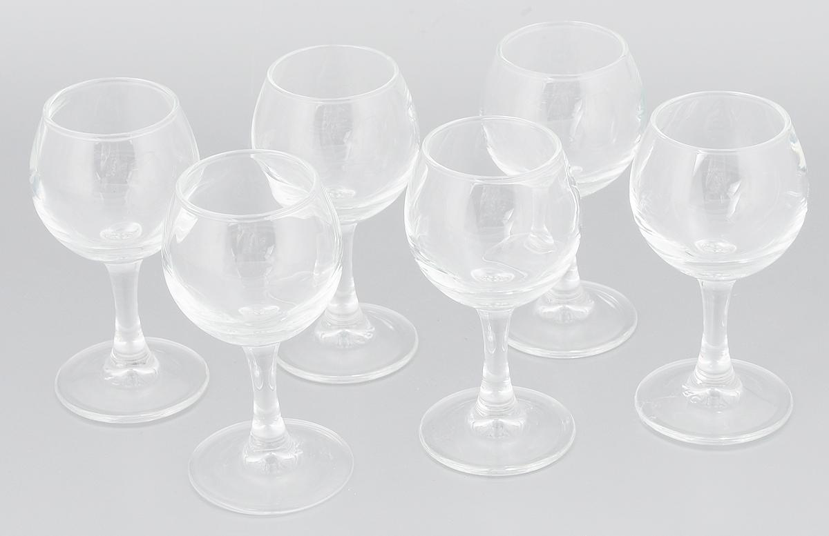 Набор рюмок Luminarc Французский ресторанчик, 65 мл, 6 штVT-1520(SR)Набор Luminarc Французский ресторанчик состоит из 6 рюмок на длинных тонких ножках, изготовленных из высококачественного стекла. Изделия оформлены в классическом стиле. Такой набор прекрасно дополнит праздничный стол и станет желанным подарком в любом доме. Можно мыть в посудомоечной машине. Диаметр рюмки (по верхнему краю): 4,2 см. Высота рюмки: 10,5 см. Диаметр основания рюмки: 5 см.