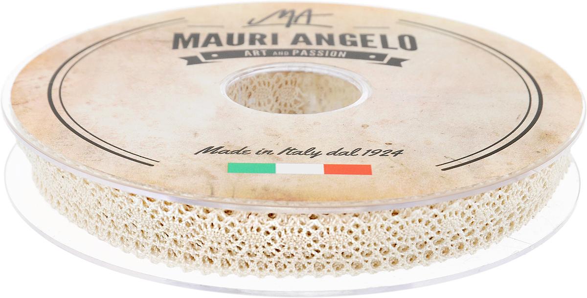 Лента кружевная Mauri Angelo, цвет: бежевый, 1,4 см х 20 мNLED-454-9W-BKДекоративная кружевная лента Mauri Angelo - текстильное изделие без тканой основы, в котором ажурный орнамент и изображения образуются в результате переплетения нитей. Кружево применяется для отделки одежды, белья в виде окаймления или вставок, а также в оформлении интерьера, декоративных панно, скатертей, тюлей, покрывал. Главные особенности кружева - воздушность, тонкость, эластичность, узорность.Декоративная кружевная лента Mauri Angelo станет незаменимым элементом в создании рукотворного шедевра. Ширина: 1,4 см.Длина: 20 м.