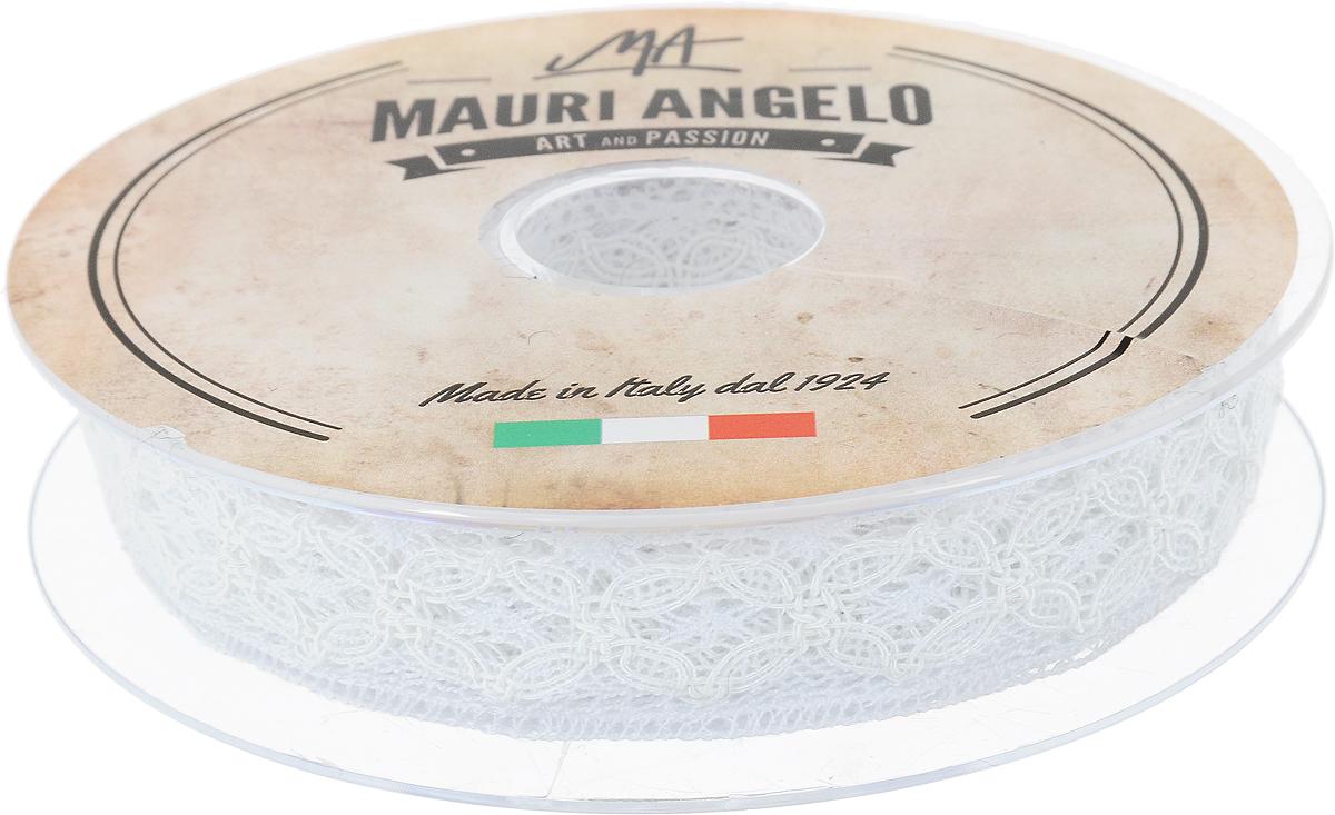 Лента кружевная Mauri Angelo, цвет: белый, 2,3 см х 10 мNLED-454-9W-BKДекоративная кружевная лента Mauri Angelo - текстильное изделие без тканой основы, в котором ажурный орнамент и изображения образуются в результате переплетения нитей. Кружево применяется для отделки одежды, белья в виде окаймления или вставок, а также в оформлении интерьера, декоративных панно, скатертей, тюлей, покрывал. Главные особенности кружева - воздушность, тонкость, эластичность, узорность.Декоративная кружевная лента Mauri Angelo станет незаменимым элементом в создании рукотворного шедевра. Ширина: 2,3 см.Длина: 10 м.