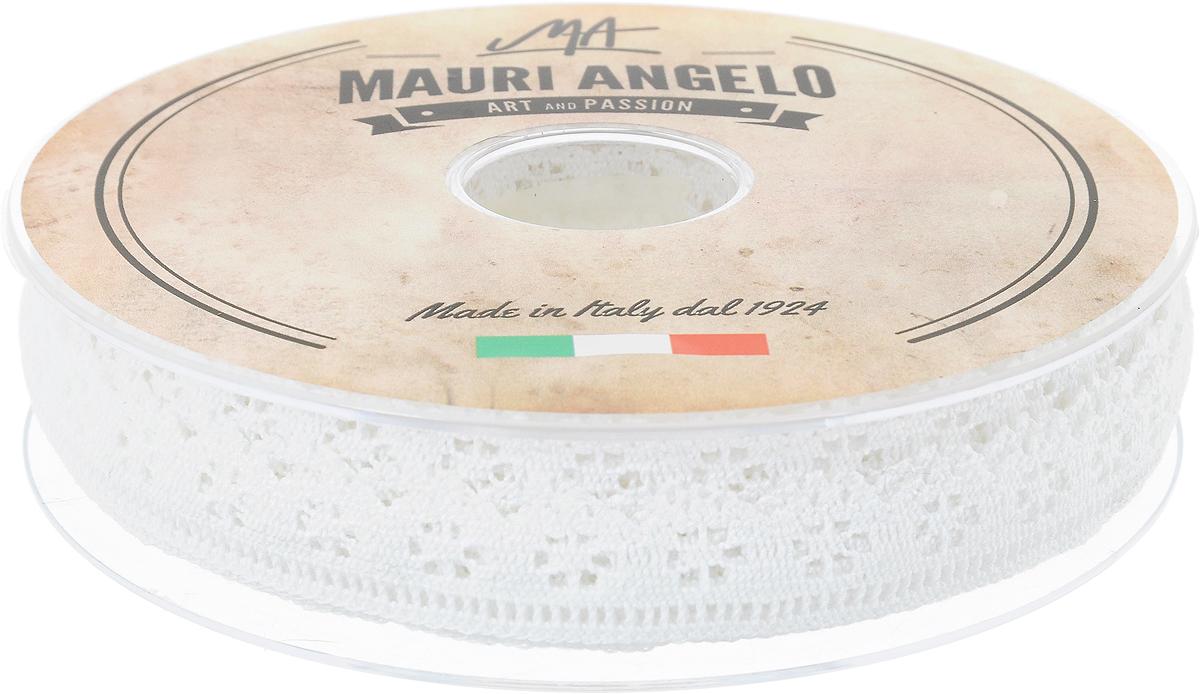 Лента кружевная Mauri Angelo, цвет: белый, 1,7 см х 20 мGC220/05Декоративная кружевная лента Mauri Angelo - текстильное изделие без тканой основы, в котором ажурный орнамент и изображения образуются в результате переплетения нитей. Кружево применяется для отделки одежды, белья в виде окаймления или вставок, а также в оформлении интерьера, декоративных панно, скатертей, тюлей, покрывал. Главные особенности кружева - воздушность, тонкость, эластичность, узорность.Декоративная кружевная лента Mauri Angelo станет незаменимым элементом в создании рукотворного шедевра. Ширина: 1,7 см.Длина: 20 м.