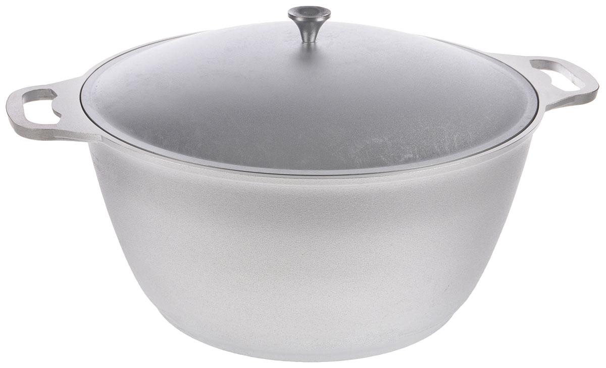 Кастрюля Kukmara с крышкой, 12 л391602Кастрюля Kukmara выполнена из литого алюминия. Основные особенности кастрюли Kukmara: - литая толстостенная посуда, отлитая вручную; - значительная толщина стенок и дна исключает деформацию корпуса изделий, гарантирует долговечность посуды, обеспечивает необходимую прочность покрытия; - идеальное распределение тепла по всей поверхности посуды, длительное сохранение тепла; - легкость мытья. Кастрюля оснащена крышкой и удобными ручками. Подходит для газовых и электрических плит. Можно мыть в посудомоечной машине.Диаметр кастрюли (по верхнему краю): 37 см.Диаметр основания: 26 см.Ширина кастрюли (с учетом ручек): 47 см.Высота стенки: 19 см.