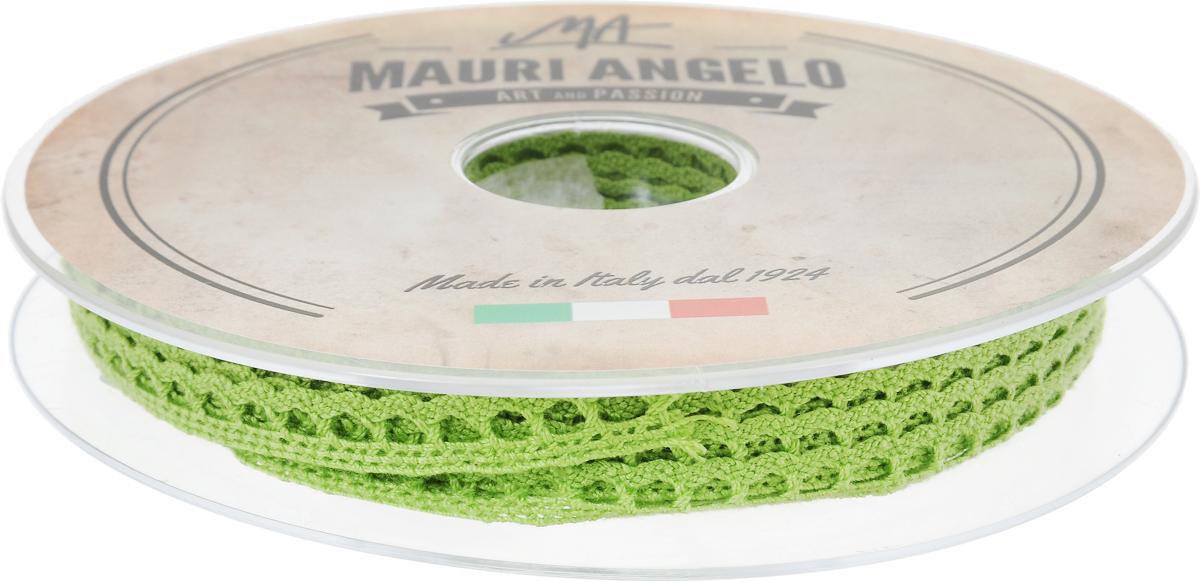 Лента кружевная Mauri Angelo, цвет: салатовый, 0,9 см х 20 мNLED-454-9W-BKДекоративная кружевная лента Mauri Angelo - текстильное изделие без тканой основы, в котором ажурный орнамент и изображения образуются в результате переплетения нитей. Кружево применяется для отделки одежды, белья в виде окаймления или вставок, а также в оформлении интерьера, декоративных панно, скатертей, тюлей, покрывал. Главные особенности кружева - воздушность, тонкость, эластичность, узорность.Декоративная кружевная лента Mauri Angelo станет незаменимым элементом в создании рукотворного шедевра. Ширина: 0,9 см.Длина: 20 м.