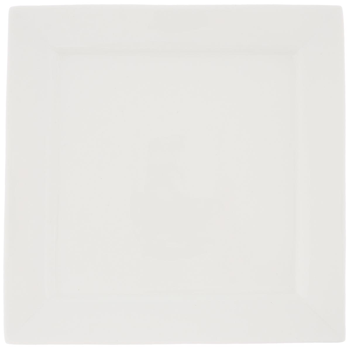 Тарелка Wilmax, 25 х 25 см. WL-991223 / A115510Тарелка Wilmax, изготовленная из высококачественного фарфора, имеет квадратную форму. Оригинальный дизайн придется по вкусу и ценителям классики, и тем, кто предпочитает утонченность и изысканность. Тарелка Wilmax идеально подойдет для сервировки стола и станет отличным подарком к любому празднику.Размер тарелки (по верхнему краю): 20 х 20 см.