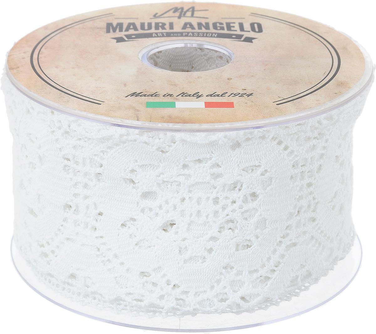Лента кружевная Mauri Angelo, цвет: белый, 7,7 см х 10 мNLED-454-9W-BKДекоративная кружевная лента Mauri Angelo - текстильное изделие без тканой основы, в котором ажурный орнамент и изображения образуются в результате переплетения нитей. Кружево применяется для отделки одежды, белья в виде окаймления или вставок, а также в оформлении интерьера, декоративных панно, скатертей, тюлей, покрывал. Главные особенности кружева - воздушность, тонкость, эластичность, узорность.Декоративная кружевная лента Mauri Angelo станет незаменимым элементом в создании рукотворного шедевра. Ширина: 7,7 см.Длина: 10 м.