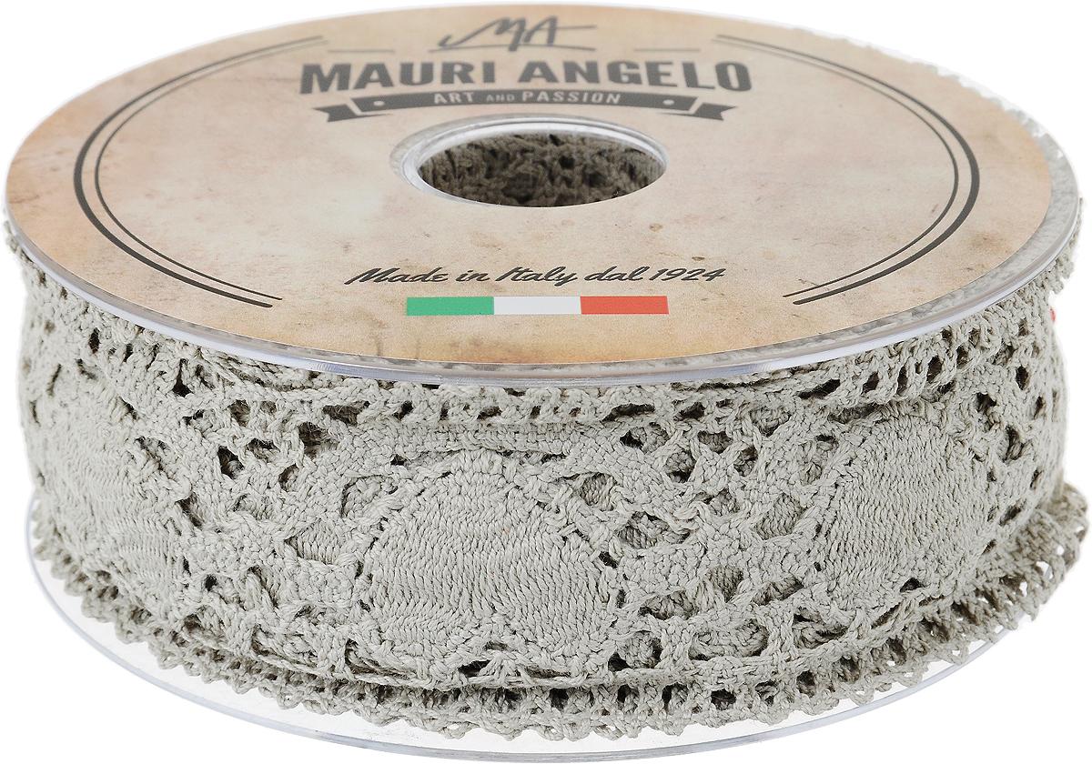 Лента кружевная Mauri Angelo, цвет: серый, 5,4 см х 10 мNLED-454-9W-BKДекоративная кружевная лента Mauri Angelo - текстильное изделие без тканой основы, в котором ажурный орнамент и изображения образуются в результате переплетения нитей. Кружево применяется для отделки одежды, белья в виде окаймления или вставок, а также в оформлении интерьера, декоративных панно, скатертей, тюлей, покрывал. Главные особенности кружева - воздушность, тонкость, эластичность, узорность.Декоративная кружевная лента Mauri Angelo станет незаменимым элементом в создании рукотворного шедевра. Ширина: 5,4 см.Длина: 10 м.