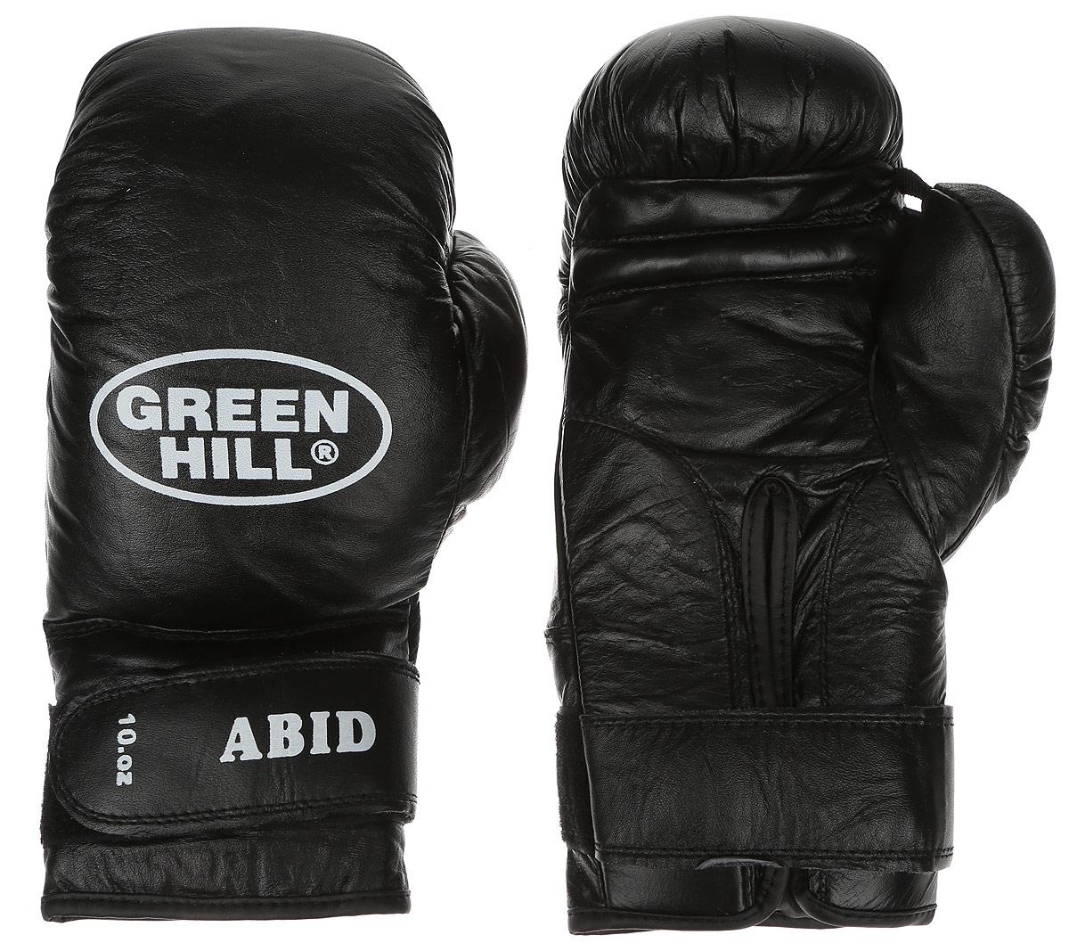 Перчатки боксерские Green Hill Abid, цвет: черный, белый. Вес 10 унцийAIRWHEEL M3-162.8Боксерские тренировочные перчатки Green Hill Abid выполнены из натуральной кожи. Они отлично подойдут для начинающих спортсменов. Мягкий наполнитель из очеса предотвращает любые травмы. Отверстия в районе ладони обеспечивают вентиляцию. Широкий ремень, охватывая запястье, полностью оборачивается вокруг манжеты, благодаря чему создается дополнительная защита лучезапястного сустава от травмирования. Застежка на липучке способствует быстрому и удобному одеванию перчаток, плотно фиксирует перчатки на руке.