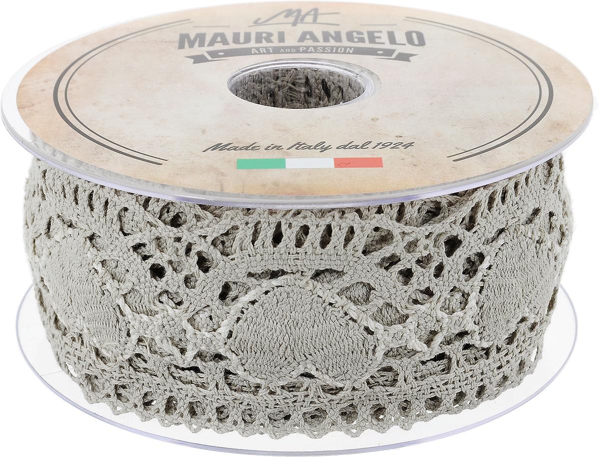 Лента кружевная Mauri Angelo, цвет: серый, белый, 5,4 см х 10 м19201Декоративная кружевная лента Mauri Angelo - текстильное изделие без тканой основы, в котором ажурный орнамент и изображения образуются в результате переплетения нитей. Кружево применяется для отделки одежды, белья в виде окаймления или вставок, а также в оформлении интерьера, декоративных панно, скатертей, тюлей, покрывал. Главные особенности кружева - воздушность, тонкость, эластичность, узорность.Декоративная кружевная лента Mauri Angelo станет незаменимым элементом в создании рукотворного шедевра. Ширина: 5,4 см.Длина: 10 м.