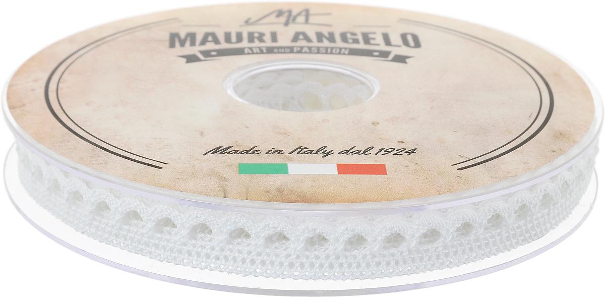 Лента кружевная Mauri Angelo, цвет: белый, 1,2 см х 20 мNLED-454-9W-BKДекоративная кружевная лента Mauri Angelo - текстильное изделие без тканой основы, в котором ажурный орнамент и изображения образуются в результате переплетения нитей. Кружево применяется для отделки одежды, белья в виде окаймления или вставок, а также в оформлении интерьера, декоративных панно, скатертей, тюлей, покрывал. Главные особенности кружева - воздушность, тонкость, эластичность, узорность.Декоративная кружевная лента Mauri Angelo станет незаменимым элементом в создании рукотворного шедевра. Ширина: 1,2 см.Длина: 20 м.