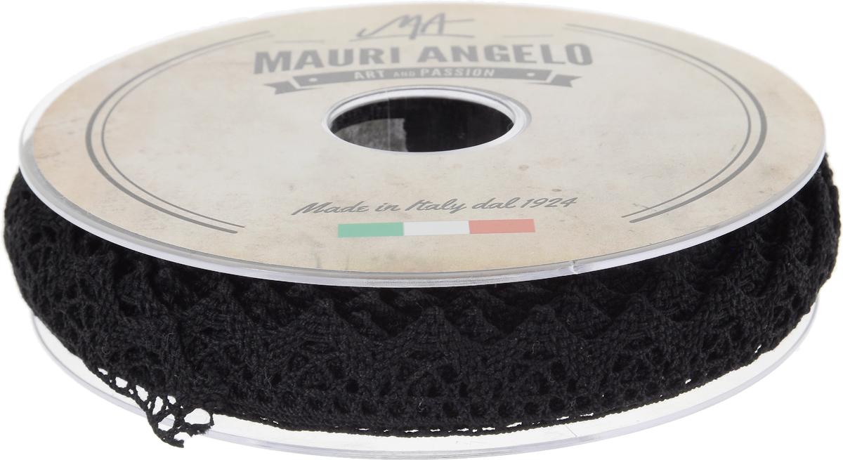 Лента кружевная Mauri Angelo, цвет: черный, 1,8 см х 20 м106-026Декоративная кружевная лента Mauri Angelo - текстильное изделие без тканой основы, в котором ажурный орнамент и изображения образуются в результате переплетения нитей. Кружево применяется для отделки одежды, белья в виде окаймления или вставок, а также в оформлении интерьера, декоративных панно, скатертей, тюлей, покрывал. Главные особенности кружева - воздушность, тонкость, эластичность, узорность.Декоративная кружевная лента Mauri Angelo станет незаменимым элементом в создании рукотворного шедевра. Ширина: 1,8 см.Длина: 20 м.