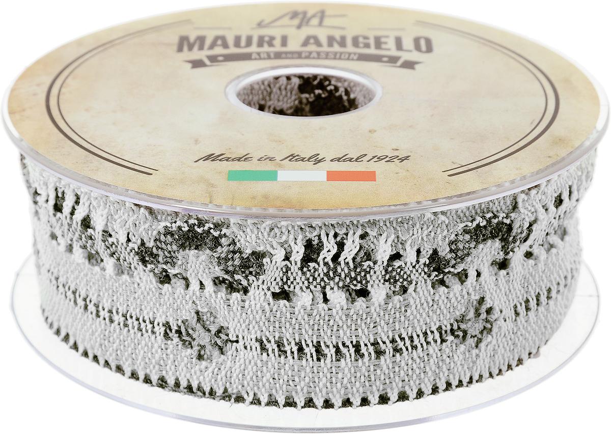 Лента кружевная Mauri Angelo, цвет: серый, белый, 4,6 см х 10 мSS 4041Декоративная кружевная лента Mauri Angelo - текстильное изделие без тканой основы, в котором ажурный орнамент и изображения образуются в результате переплетения нитей. Кружево применяется для отделки одежды, белья в виде окаймления или вставок, а также в оформлении интерьера, декоративных панно, скатертей, тюлей, покрывал. Главные особенности кружева - воздушность, тонкость, эластичность, узорность.Декоративная кружевная лента Mauri Angelo станет незаменимым элементом в создании рукотворного шедевра. Ширина: 4,6 см.Длина: 10 м.