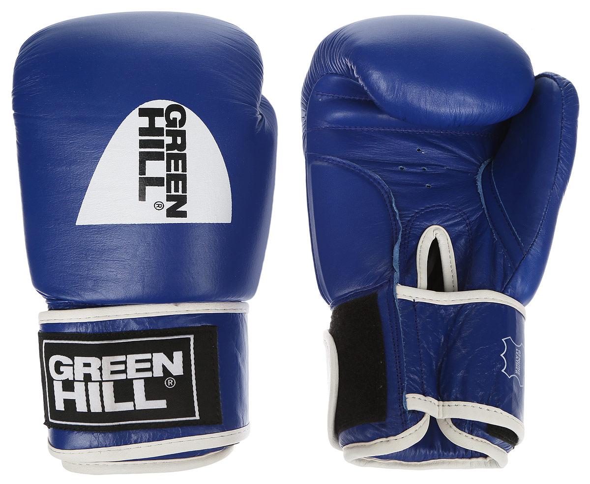 Перчатки боксерские Green Hill Gym, цвет: синий, белый. Вес 14 унцийAIRWHEEL Q3-340WH-BLACKБоксерские перчатки Green Hill Gym подходят для всех видов единоборств где применяют перчатки. Подойдет как для бокса, так и для кикбоксинга. Новички и профессионалы высоко ценят эту модель за универсальность. Верхняя часть перчатки выполнена из натуральной кожи, наполнитель - пенополиуретан. Перфорированная поверхность в области ладони позволяет создать максимально комфортный терморежим во время занятий. Закрепляется на руке при помощи липучки.