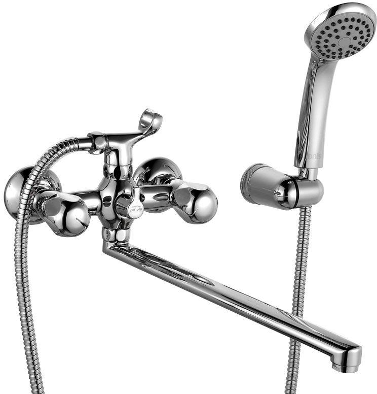 Смеситель для ванны Iddis Classic Plus, с длинным изливом, цвет: хромBL505Смеситель для ванны Iddis Classic Plus изготовлен из высококачественной первичной латуни, прочной, безопасной и стойкой к коррозии. Инновационные технологии литья и обработки латуни, а также увеличенная толщина стенок смесителя обеспечивают его стойкость к перепадам давления и температур. Увеличенное никель-хромовое покрытие полностью соответствует европейским стандартам качества, обеспечивает его стойкость и зеркальный блеск в течение всего срока службы изделия. Благодаря гладкой внутренней поверхности смесителя, рассекателям в водозапорных механизмах и аэратору он имеет минимальный уровень шума.Смеситель оборудован керамическим дивертором, чей сверхнадежный механизм обеспечивает плавное и мягкое переключение с излива на душ, а также непревзойденную надежность при любом давлении воды.Керамические кран-буксы с углом поворота 180 градусов позволяют настраивать температуру и напор воды с высокой степенью точности. Ручки смесителя не нагреваются благодаря специальной форме встроенных термоизоляторов.Длина излива: 350 мм. Съемный пластиковый аэратор Neoperl гарантирует ровный и мягкий поток воды без брызг. Встроенный ограничитель потока оптимизирует расход воды без потери комфорта при использовании.В комплекте: лейка и шланг из нержавеющей стали длиной 1,5 м с защитой от перекручивания. Гарантия на смесители Iddis Classic Plus - 10 лет. Гарантия на лейку и шланг составляет 3 года.