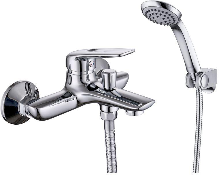 Смеситель для ванны Iddis Male, с коротким изливом, цвет: хром3520Смеситель для ванны Iddis Male изготовлен из высококачественной первичной латуни, прочной, безопасной и стойкой к коррозии. Инновационные технологии литья и обработки латуни, а также увеличенная толщина стенок смесителя обеспечивают его стойкость к перепадам давления и температур. Увеличенное никель-хромовое покрытие полностью соответствует европейским стандартам качества, обеспечивает его стойкость и зеркальный блеск в течение всего срока службы изделия. Благодаря гладкой внутренней поверхности смесителя, рассекателям в водозапорных механизмах и аэратору он имеет минимальный уровень шума.Ручная фиксация дивертора позволяет комфортно принимать душ даже при низком давлении воды. Картридж Softap обеспечивает особую плавность хода ручки смесителя - для точной регулировки температуры и напора воды.Аэратор легко извлекается из смесителя с помощью монетки, упрощая его очистку. Встроенный ограничитель потока оптимизирует расход воды без потери комфорта при использовании.В комплекте: лейка (1 режим) и шланг из нержавеющей стали длиной 1,5 м с защитой от перекручивания.Гарантия на смесители Iddis - 10 лет. Гарантия на лейку и шланг составляет 3 года.