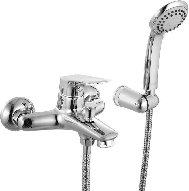 Смеситель для ванны Iddis Vinsente, с коротким изливом, цвет: хром3520Смеситель для ванны Iddis Vinsente изготовлен из высококачественной первичной латуни, прочной, безопасной и стойкой к коррозии. Инновационные технологии литья и обработки латуни, а также увеличенная толщина стенок смесителя обеспечивают его стойкость к перепадам давления и температур. Увеличенное никель-хромовое покрытие полностью соответствует европейским стандартам качества, обеспечивает его стойкость и зеркальный блеск в течение всего срока службы изделия. Благодаря гладкой внутренней поверхности смесителя, рассекателям в водозапорных механизмах и аэратору он имеет минимальный уровень шума.Ручная фиксация дивертора позволяет комфортно принимать душ даже при низком давлении воды. Картридж Softap обеспечивает особую плавность хода ручки смесителя – для точной регулировки температуры и напора воды.Съемный пластиковый аэратор Neoperl гарантирует ровный и мягкий поток воды без брызг. Встроенный ограничитель потока оптимизирует расход воды без потери комфорта при использовании.В комплекте: лейка (3 режима) и шланг из нержавеющей стали длиной 1,5 м с защитой от перекручивания.Гарантия на смесители Iddis - 10 лет. Гарантия на лейку и шланг составляет 3 года.