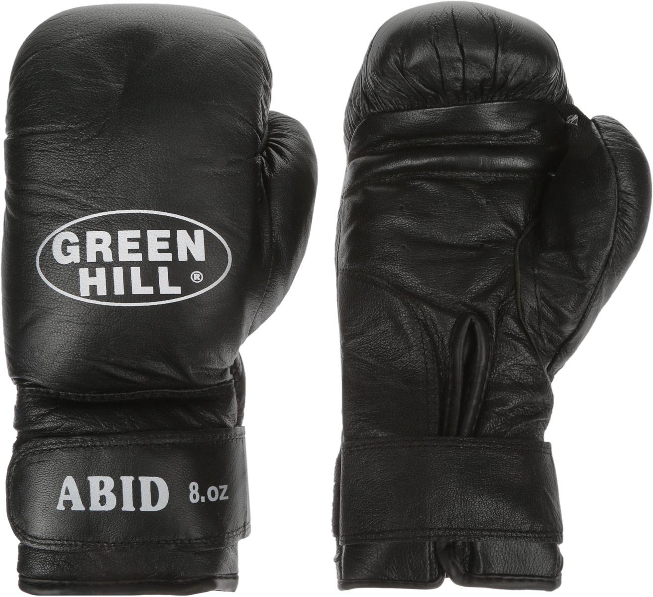 Перчатки боксерские Green Hill Abid, цвет: черный, белый. Вес 8 унцийУТ-00008919Боксерские тренировочные перчатки Green Hill Abid выполнены из натуральной кожи. Они отлично подойдут для начинающих спортсменов. Мягкий наполнитель из очеса предотвращает любые травмы. Отверстия в районе ладони обеспечивают вентиляцию. Широкий ремень, охватывая запястье, полностью оборачивается вокруг манжеты, благодаря чему создается дополнительная защита лучезапястного сустава от травмирования. Застежка на липучке способствует быстрому и удобному одеванию перчаток, плотно фиксирует перчатки на руке.