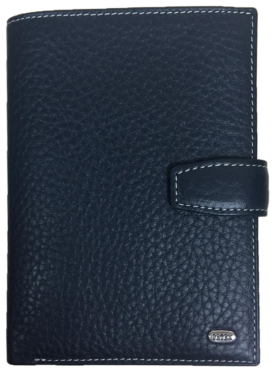 Обложка для автодокументов мужская Petek 1855, цвет: синий. 596.46D.K88BM8434-58AEОбложка для паспорта и автодокументов Petek 1855 изготовлена из натуральной кожи великолепной выделки. Практичная и удобная модель для тех, кто предпочитает все необходимое хранить в одном месте. Внутри обложка имеет специальное отделение для паспорта, вынимающийся блок из прозрачного пластика для автодокументов. Обложка застегивается на кнопку.