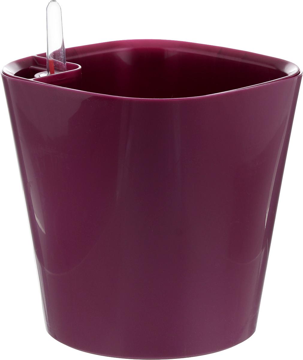 Горшок для цветов Техоснастка Комфорт, с автополивом, цвет: пурпурный, 3 лПИ-21-2ТХГоршок с автополивом Техоснастка Комфорт - настоящая находка для людей, которые любят живые растения, но в силу нехватки времени не могут обеспечить им своевременный полив. Изделие выполнено из высококачественного полипропилена.Система автополива работает по принципу капиллярного поднятия жидкости к корням растения. Устроен такой горшок следующим образом: в основной горшок устанавливается съёмный горшок, в котором находятся водовод и земельный субстрат, обеспечивающие доставку воды к корням, сбоку - поливочные отверстия и индикатор уровня воды. В первые недели после посадки растения в горшок вода поливается обычным способом, чтобы земля и корни напитались влагой. Она наливается во внешнюю часть горшка в поливочные отверстия и по фитилю поднимается вверх, увлажняя грунт, одного полива хватает примерно на 2-3 недели (это зависит от растения, времени года и климатических условий окружающей среды). Затем следят за индикацией уровня воды. Растение получает только то количество воды, которое ему необходимо в данный момент. Воду для полива отстаивать не нужно. Капиллярный автополив способствует насыщенному цвету листьев, обильному цветению и быстрому росту.Горшок состоит из нескольких комплектующих: индикатор уровня воды, фитиль-водовод, внутренний съемный горшок, внешний горшок. Размер горшка по верхнему краю: 16,5 х 16,5 см. Высота горшка (без учета индикатора воды): 17 см.