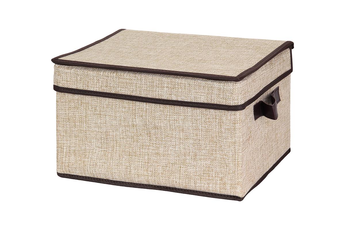 Кофр для хранения EL Casa, цвет: светло-бежевый, 32 х 27 х 20 смБрелок для ключейКофр для хранения вещей EL Casa изготовлен из льна, который обеспечивает естественную вентиляцию, пропускает воздух и задерживает пыль. Изделие имеет жесткую конструкцию благодаря вставкам из плотного картона. Кофр специально предназначен для защиты вашей одежды от воздействия негативных внешних факторов: влаги и сырости, моли, выгорания, грязи.Естественность, экологичность, красота фактуры - те свойства, которые делают лен излюбленным материалом дизайнеров. Изделие имеет однотонную расцветку, благодаря чему впишется в интерьер любого стиля, от богемного бохо до сдержанного скандинавского. Кофр позволит организовать хранение перчаток, ремней, шарфов. Он удобно складывается и раскладывается, снабжен ручками для переноски. В сложенном виде изделие занимает минимум места, его легко хранить и перевозить. Такой кофр поможет хранить вещи компактно и удобно. Подходит для размещения в шкафу, комоде.