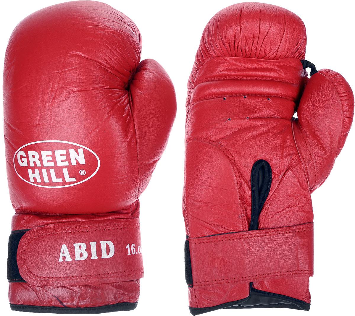 Перчатки боксерские Green Hill Abid, цвет: красный, белый. Вес 16 унцийADICSG041Боксерские тренировочные перчатки Green Hill Abid выполнены из натуральной кожи. Они отлично подойдут для начинающих спортсменов. Мягкий наполнитель из очеса предотвращает любые травмы. Отверстия в районе ладони обеспечивают вентиляцию. Широкий ремень, охватывая запястье, полностью оборачивается вокруг манжеты, благодаря чему создается дополнительная защита лучезапястного сустава от травмирования. Застежка на липучке способствует быстрому и удобному одеванию перчаток, плотно фиксирует перчатки на руке.
