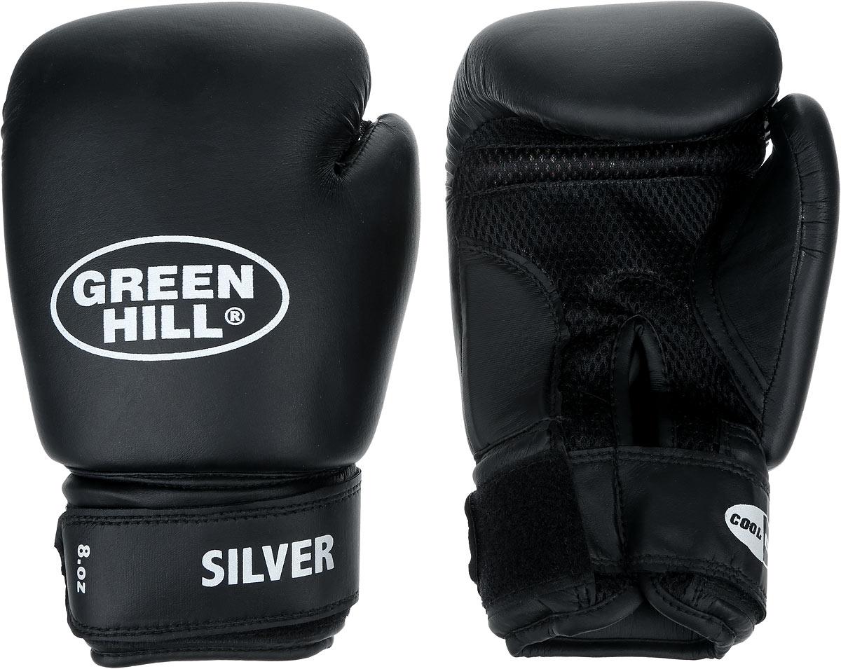 Перчатки боксерские Green Hill Silver, цвет: черный, белый. Вес 8 унций. BGS-2039AIRWHEEL M3-162.8Боксерские перчатки Green Hill Silver подойдут для легких спаррингов и тренировок. Верх выполнен из высококачественной искусственной кожи, наполнитель - из вспененного полимера. Материал на ладони выполнен по технологии, которая позволяет руке дышать. Манжет на липучке способствует быстрому и удобному надеванию перчаток, плотно фиксирует перчатки на руке.