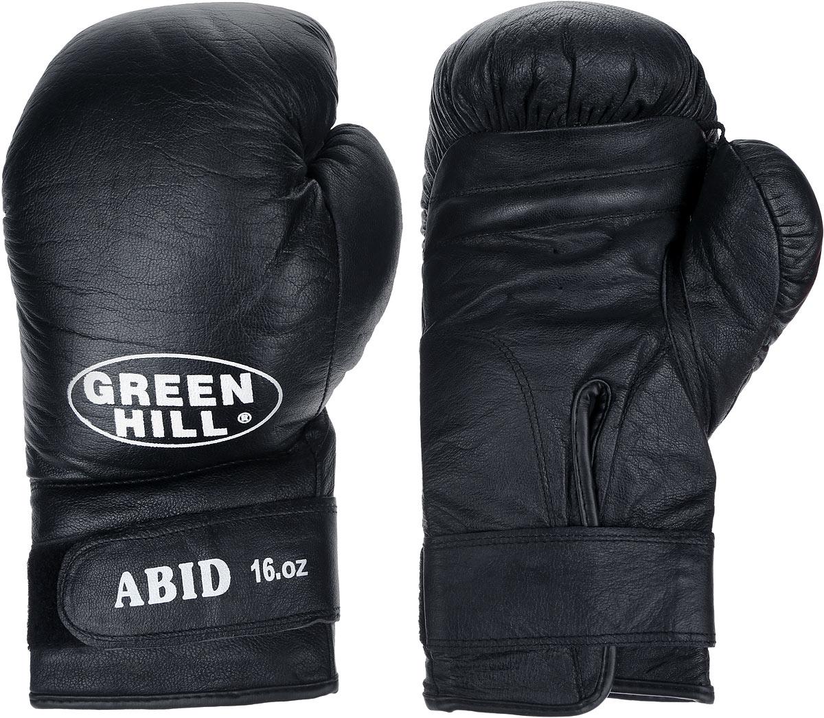 Перчатки боксерские Green Hill Abid, цвет: черный, белый. Вес 16 унцийBGA-2024Боксерские тренировочные перчатки Green Hill Abid выполнены из натуральной кожи. Они отлично подойдут для начинающих спортсменов. Мягкий наполнитель из очеса предотвращает любые травмы. Отверстия в районе ладони обеспечивают вентиляцию. Широкий ремень, охватывая запястье, полностью оборачивается вокруг манжеты, благодаря чему создается дополнительная защита лучезапястного сустава от травмирования. Застежка на липучке способствует быстрому и удобному одеванию перчаток, плотно фиксирует перчатки на руке.