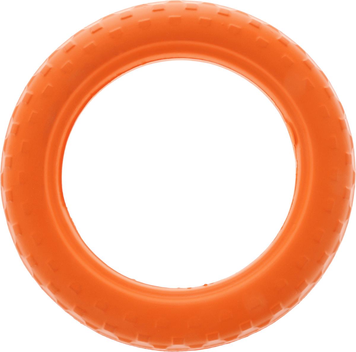 Игрушка для животных Doglike Шинка для колеса. Средняя, цвет: оранжевый, диаметр 27 см0120710Doglike Шинка для колеса. Средняя - простая и незамысловатая игрушка для собак, которая способна решить многие проблемы здоровья вашего четвероногого любимца. Если ваш пес портит мебель, излишне агрессивен, непослушен или страдает излишним весом то, скорее всего, корень всех бед кроется в недостаточной физической и эмоциональной нагрузке. Порадуйте своего питомца прекрасным и качественным подарком.Диаметр игрушки: 27 см.