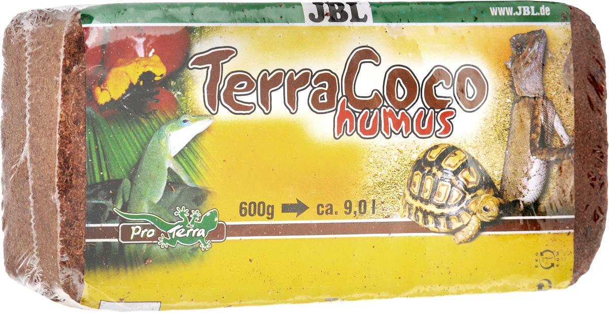 Перегной JBL TerraCoco Humus, кокосовый, брикет, 650 г0120710JBL TerraCoco Humus - это натуральный кокосовый перегной, спрессованный в брикет. Содержимое упаковки, смешанное с четырьмя литрами воды, дает 8 литров торфообразного донного грунта для террариумов с лесными обитателями и обитателями тропических лесов.