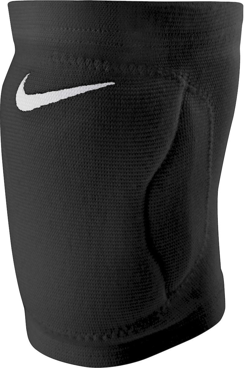 Наколенник Nike Streak Volleyball Knee Pad, цвет: черный. Размер S/XS140042_yellow/royal/whiteНаколенник Nike Streak Volleyball Knee Pad, выполненный из полиэстера, не натирают и комфортно сидят ноге. Материал DRI-FIT и вентилируемые зоны сзади обеспечивают максимальную воздухопроницаемость. Изделие с внутренней стороны имеет мягкую подкладку. Конструкция не стесняет в движениях. Они очень лёгкие и плотно обтягивают ногу.