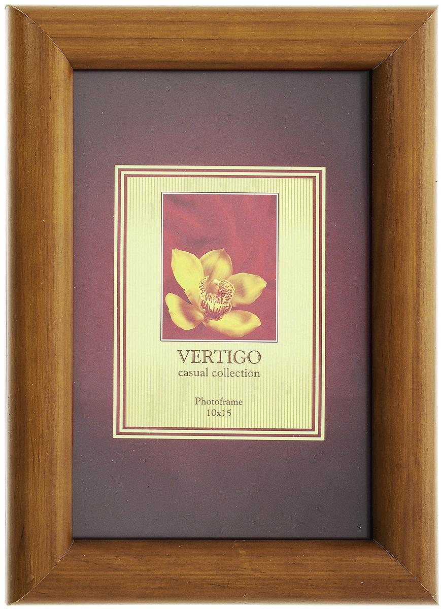 Фоторамка Vertigo Toscana, цвет: орех, 10 х 15 см12723Фоторамка Vertigo Toscana выполнена из дерева и стекла, защищающего фотографию. Обратная сторона рамки оснащена специальной ножкой, благодаря которой ее можно поставить на стол или любое другое место в доме или офисе. Также изделие оснащено специальными отверстиями для подвешивания на стену.Такая фоторамка поможет вам оригинально и стильно дополнить интерьер помещения, а также позволит сохранить память о дорогих вам людях и интересных событиях вашей жизни.