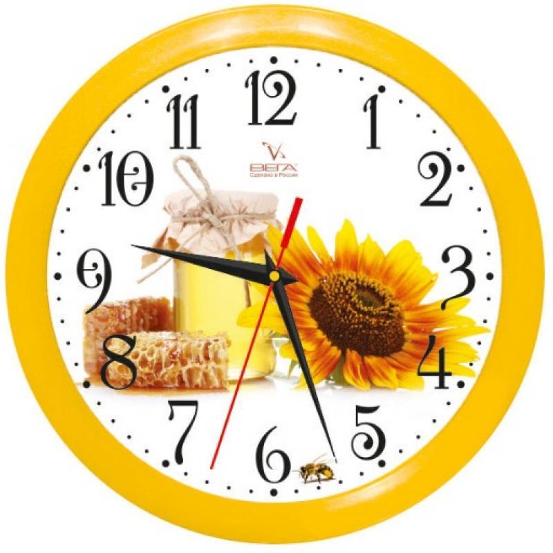 Часы настенные Вега Медовый спас94672Оригинальные настенные часы круглой формы Вега Медовый спас выполнены из пластика. Часы имеют три стрелки - часовую, минутную и секундную. Необычное дизайнерское решение и качество исполнения придутся по вкусу каждому. Оформите свой дом таким интерьерным аксессуаром или преподнесите его в качестве презента друзьям, и они оценят ваш оригинальный вкус и неординарность подарка.Часы работают от 1 батарейки типа АА напряжением 1,5 В (в комплект не входит).