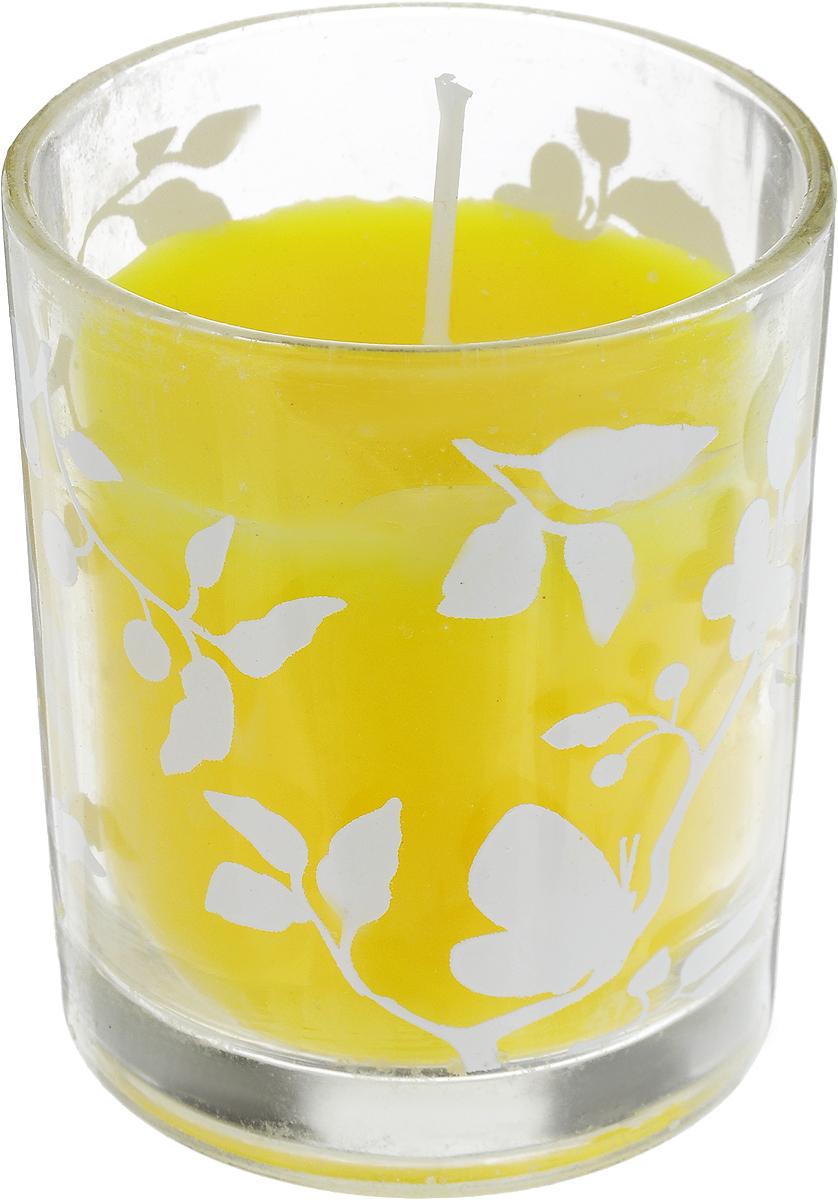 Свеча декоративная Lovemark, цвет: желтый, 6 х 6 х 7 смRG-D31SДекоративная свеча Lovemark, изготовленная из стеарина и парафина, помещена в подсвечник, выполненный из стекла и декорированный оригинальным рисунком. Такая свеча не только поможет дополнить интерьер вашей комнаты, но и станет отличным подарком.