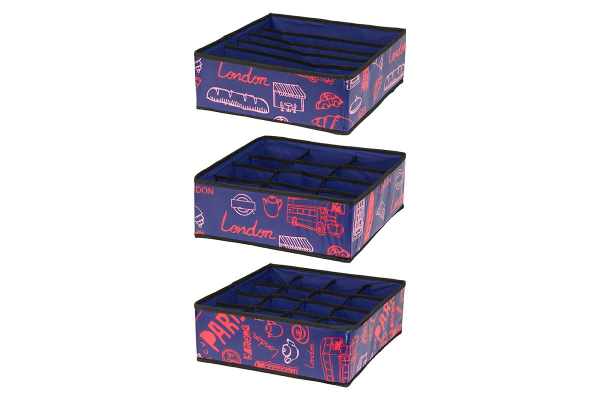 Набор кофров для хранения EL Casa Европа, 32 х 32 х 12 см, 3 штCLP446Набор EL Casa Европа состоит из трех кофров для хранения. Кофры выполнены из качественного полиэстера, который обеспечивает естественную вентиляцию, отлично пропускает воздух, но не пропускает пыль. Благодаря специальным вставкам из картона кофры прекрасно держат форму. Все кофры содержат разное количество секций. Первый кофр содержит 16 секций для хранения носков и трусов, второй - 12 секций, а третий - 6 продолговатых секций, которые идеальны для бюстгальтеров. Для удобства использования кофры не имеют крышки. Изделия декорированы яркими рисунками и имеют оригинальный дизайн. Легко складываются и раскладываются. Они помогут хранить вещи компактно и удобно. Подходят для размещения в шкафу, комоде.