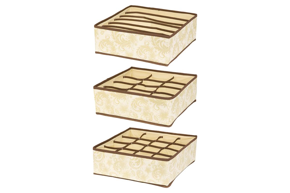 Набор кофров для хранения EL Casa Узор, 32 х 32 х 12 см, 3 шт16050Набор EL Casa Узор состоит из трех кофров для хранения. Кофры выполнены из качественного нетканого материала, который обеспечивает естественную вентиляцию, отлично пропускает воздух, но не пропускает пыль. Благодаря специальным вставкам из картона кофры прекрасно держат форму. Все кофры содержат разное количество секций. Первый кофр содержит 16 секций для хранения носков и трусов, второй - 12 секций, а третий - 6 продолговатых секций, которые идеальны для бюстгальтеров. Для удобства использования кофры не имеют крышки. Изделия декорированы изысканным цветочным узором и имеют оригинальный дизайн. Легко складываются и раскладываются. Они помогут хранить вещи компактно и удобно. Подходят для размещения в шкафу, комоде.