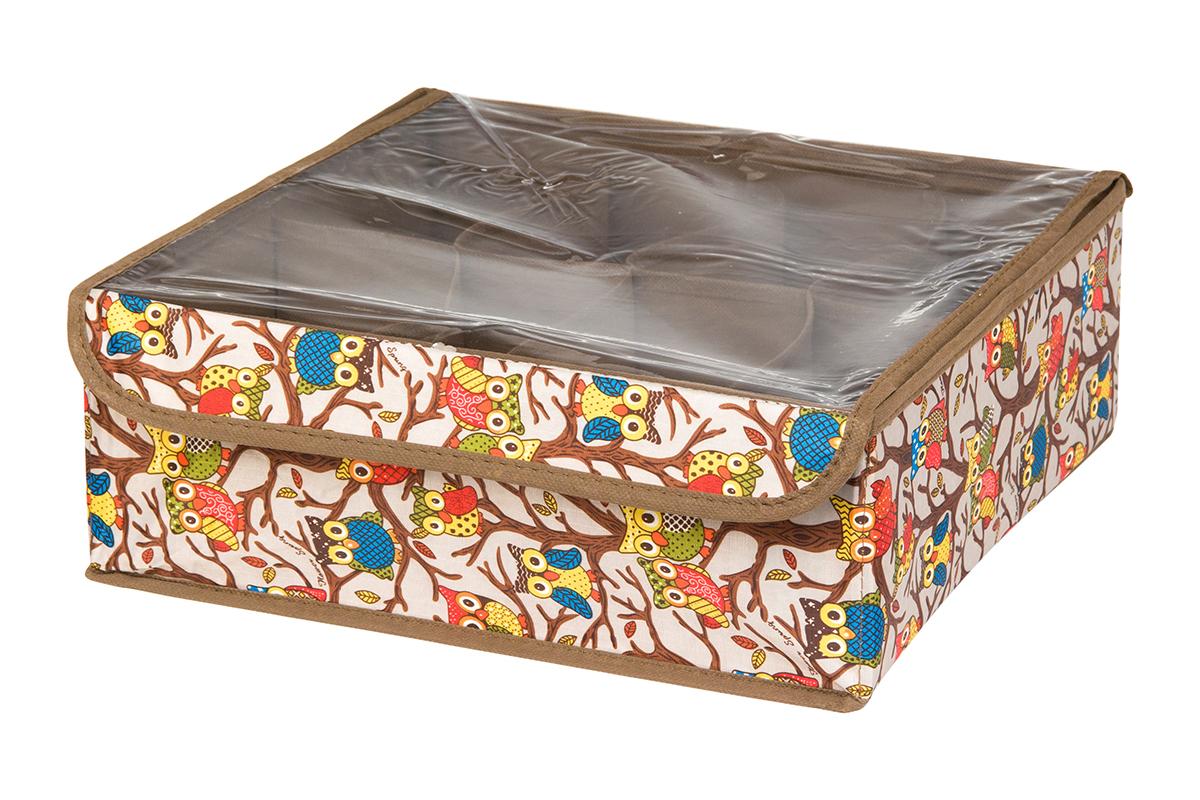 Кофр для хранения EL Casa Совы на ветках, цвет: серебристый, 8 секций, 32 х 32 х 12 смS03301004Кофр для хранения EL Casa Совы на ветках выполнен из полиэстера, который обеспечивает естественную вентиляцию, отлично пропускает воздух, но не пропускает пыль. Вставки из плотного картона хорошо держат форму. Кофр имеет оригинальный дизайн, он декорирован красочным изображением забавных сов. Кофр с 8 секциями подходит для хранения нижнего белья, колготок, носков и другой одежды. Прозрачная крышка на липучке, выполненная из ПВХ, позволяет видеть содержимое кофра, не открывая его. Такой органайзер поможет хранить вещи компактно и удобно. Подходит для размещения в шкафу, комоде.