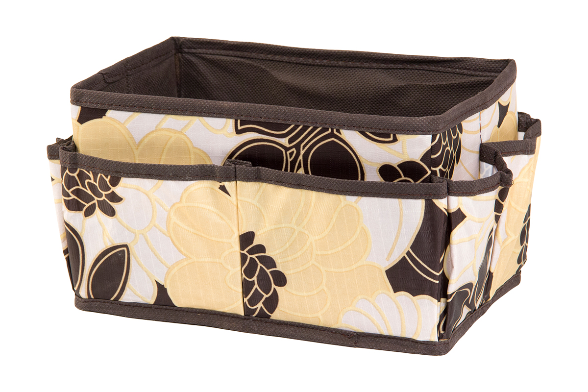 Органайзер для мелочей EL Casa Цветочная фантазия, 8 карманов, 20 х 12 х 12 см12723Органайзер для мелочей EL Casa Цветочная фантазия выполнен из качественного полиэстера, декорированного красивым цветочным рисунком. Благодаря специальным вставкам из картона изделие прекрасно держит форму. Удобный и компактный органайзер с 8 карманами с легкостью вместит все необходимые баночки и тюбики. Большое основное отделение можно использовать для кремов, парфюмерии и лаков. Наличие различных кармашков делает возможным хранение декоративной косметики и аксессуаров.
