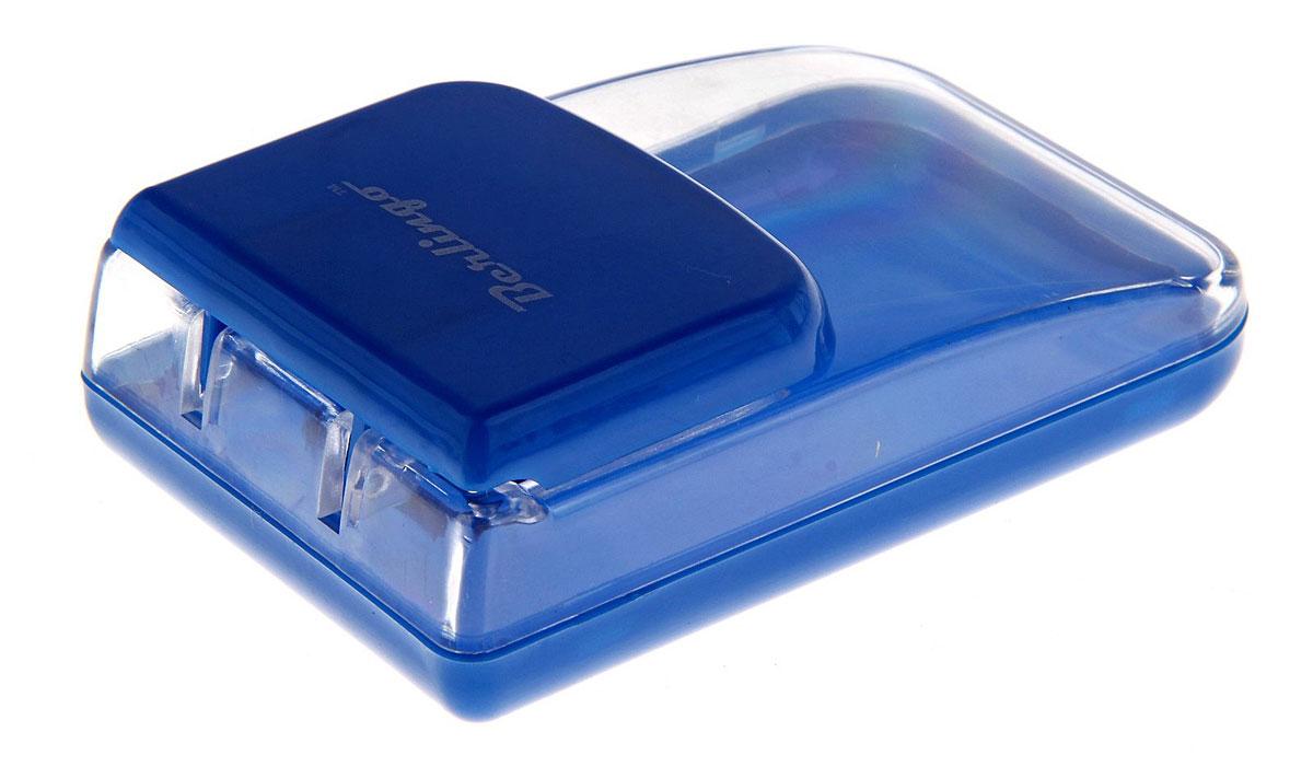 Berlingo Диспенсер для скрепок магнитный цвет синийDBd_00029_синийДиспенсер Berlingo выполнен из прочного пластика и представляет собой вместительный резервуар с крышкой, оснащенной магнитом. Диспенсер позволит сохранить скрепки от потери и всегда держать их под рукой.Диспенсер для скрепок - современный и практичный офисный атрибут, который поможет в удобной организации рабочего пространства и станет стильным украшением стола.