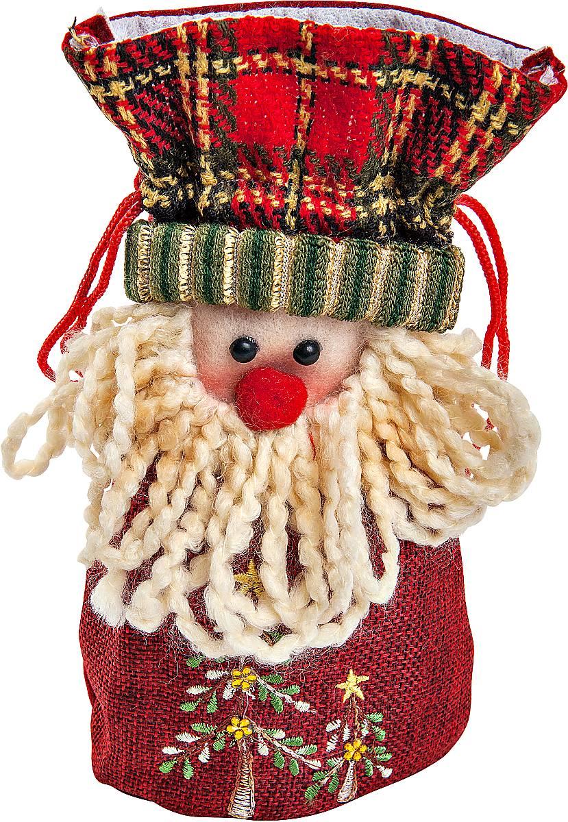 Мешок для подарков Mister Christmas Дед Мороз, длина 20 смK100Мешок для подарков Mister Christmas Дед Мороз выполнен из полиэстера в виде мягкой фигуры Деда Мороза. В мешочек можно спрятать подарки. Такой аксессуар особенно актуален в преддверии новогодних праздников. Откройте для себя удивительный мир сказок и грез. Почувствуйте волшебные минуты ожидания праздника, создайте новогоднее настроение вашим дорогим и близким.