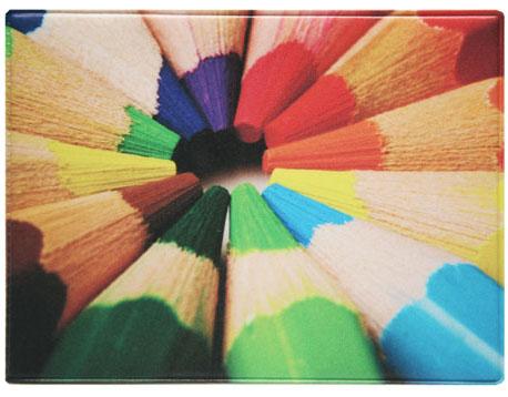 Обложка для студенческого билета Kawaii Factory Цветные карандаши, цвет: мультиколор. KW067-000015INT-06501Обложка для студенческого билета от Kawaii Factory - оригинальный и стильный аксессуар, который придется по душе истинным модникам и поклонникам интересного и необычного дизайна.Качественная обложка выполнена из легкого и прочного ПВХ с приятной фактурой, который надежно защищает важный документ от пыли и влаги. Рисунок нанесён специальным образом и защищён от стирания. Изделие раскладывается пополам. Внутри размещены два накладных кармашка из прозрачного ПВХ. Простая, но в то же время стильная обложка для студенческого билета определенно выделит своего обладателя из толпы и непременно поднимет настроение.